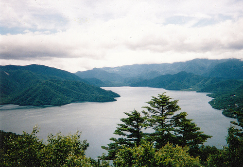 中禅寺湖 奥日光の景勝地