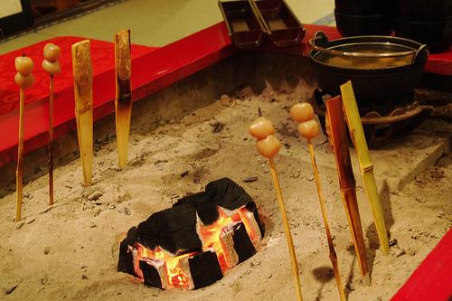 湯西川温泉の名物料理~囲炉裏焼きや郷土料理が味わえる。 珍味もあり?!